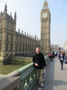 A LONG layover at Heathrow airport gave me 3 hours to walk around London.